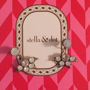 1 DAY SALE Stella & Dot Eva Ear Jacket